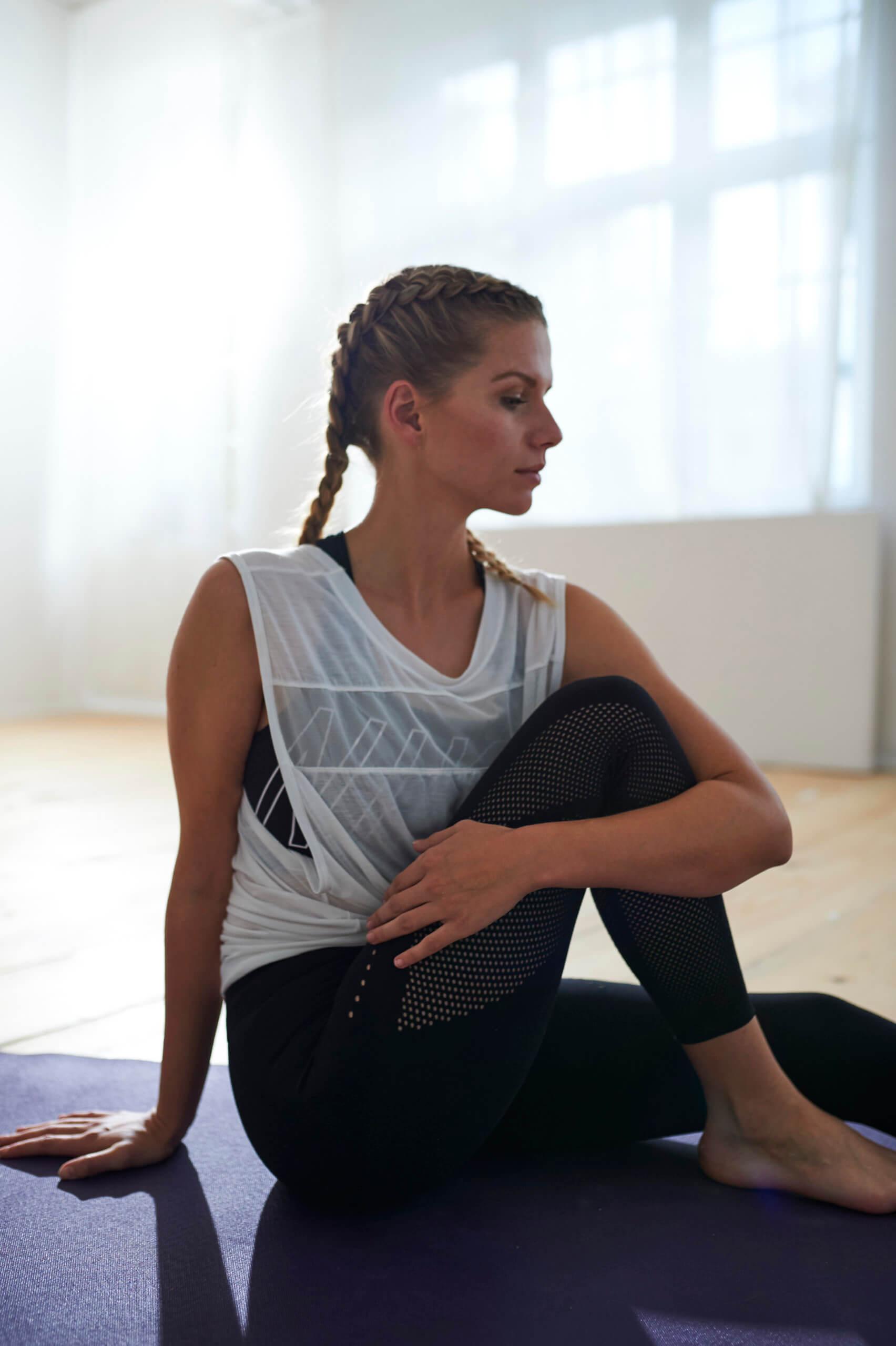 fitness stretching yoga matte